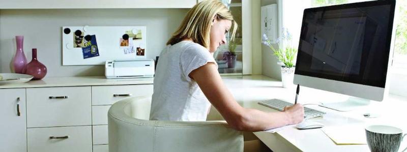 Buenos hábitos para conciliar vida personal y profesional trabajando en casa
