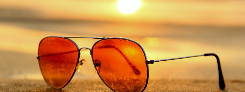 sunglasses-sunset-summer-sand-46710 (1)