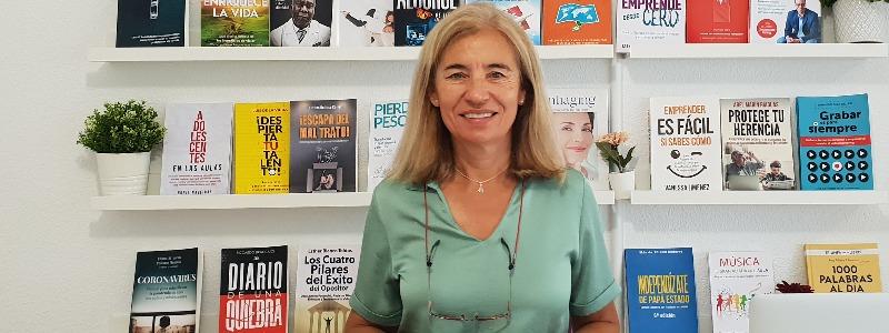 """""""Tener visibilidad gracias a un libro abre puertas a nuevos clientes y nuevas oportunidades de negocio"""" Ana Nieto, CEO de Triunfa con tu libro"""